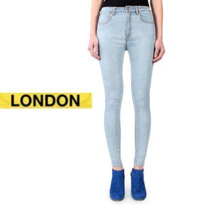 London Low Rise Skinny Fit - Light Wash - Size 5